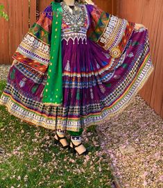 Pakistani Bridal Dresses, Pakistani Dress Design, Turkish Fashion, Ethnic Fashion, Garba Dress, Afghani Clothes, Afghan Girl, Traditional Dresses, Traditional Fashion