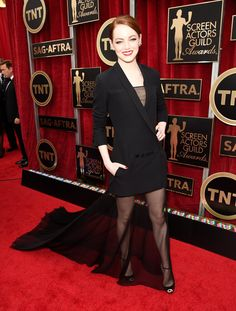 Emma Stone attends the 2015 SAG Awards