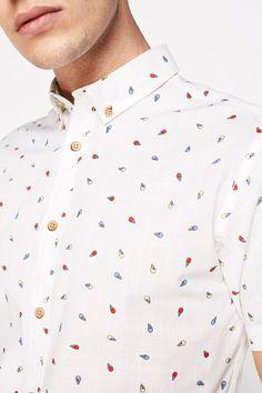 Springfield CAMISA ESTAMPADA blanco Hang Ten, Half Sleeve Shirts, Shirt Cuff, Painted Clothes, Floral Print Shirt, Printed Shirts, Shirt Style, Print Patterns, Casual Shirts