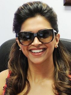 Glasses Frame Color For Black Hair : Deepika padukone ? ? ?? on Pinterest Deepika Padukone ...