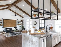 Secret Facts About Farmhouse Kitchen Decor Joanna Gaines Fixer Upper Uncovered by an Old Pro - Homegoodinspira Fixer Upper Kitchen, New Kitchen, Kitchen Decor, Kitchen Island, Kitchen Shelves, Fixer Upper Hgtv, Kitchen White, Kitchen Small, Style At Home