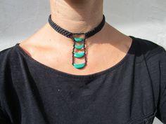 collier macramé ras du cou avec ses 4 malachites