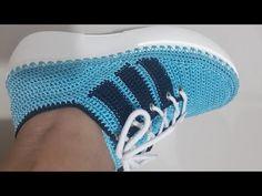 ZAPATILLA MODELO MICHELL - YouTube Crochet Boots, Crochet Slippers, Knit Crochet, Crochet Bag Tutorials, Crochet Videos, Crochet Flip Flops, Crochet Humor, Knit Shoes, Crochet Handbags