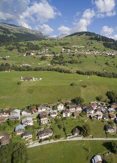 Waltensburg und Andiast. Foto: nordlichtphoto.com
