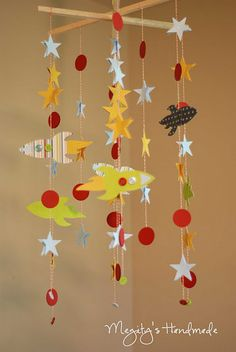Rocket Mobile Chandelier - My head is spinning with all of the theme possibilities! The Silhouette would make a project like this super easy. Mobiles, Space Party, Space Theme, Diy Rocket, Rocket Ships, Diy Pour Enfants, Mobile Chandelier, Baby Boy Cribs, Crafts For Kids