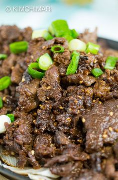 Most authentic Bulgogi - Korean Beef BBQ recipe with honey and rice wine. Recipe also has variations adding different vegetables. Korean Bbq Recipe, Korean Bbq Beef, Korean Food, Honey Recipes, Asian Recipes, Beef Recipes, Ethnic Recipes, Bulgogi Recipe, Korean Dishes