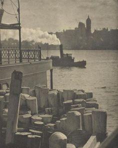 """Alfred Stieglitz / """"The City across the River"""", 1910"""