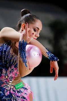 Margarita Mamun (Russia) won silver in ball finals at Grand Prix (Thiais) 2016