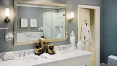 Ritz-Carlton Club, San Fran: Bathrooms are spa-like, with marble finishes, a large shower and a separate soaking tub.