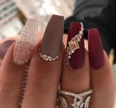 Casket nails have become a huge trend this year, and there are so many stunning designs to choose from! Discover casket nails and how to rock them this season! Gorgeous Nails, Pretty Nails, Birthday Nail Art, Birthday Nail Designs, Birthday Design, Casket Nails, Nagel Bling, Long Nail Art, Edgy Nail Art