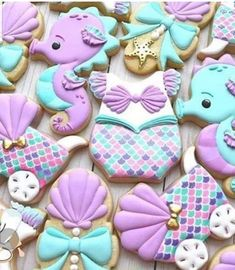 Little Mermaid Baby, Mermaid Kids, Mermaid Baby Showers, Mermaid Beach, Iced Cookies, Cute Cookies, Royal Icing Cookies, Sugar Cookies, Baby Girl Cookies