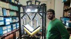 Digitalizan la biblioteca del Colegio Nacional Buenos Aires con un scanner hecho en el país  El prototipo de escáner comenzó con sus primeras pruebas en 2013 con el objetivo de digitalizar publicaciones del siglo XIX.
