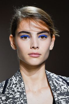THE BEST MAKEUP TRENDS FOR SPRING 2016 Boss - HarpersBAZAAR.com Tendances maquillage printemps / été 2016
