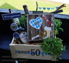 Handwerk made of paper: A beer garden for a birthday - DIY Crafts It's Your Birthday, Birthday Gifts, Happy Birthday, Birthday Beer, Diy Gifts, Best Gifts, Birthday Design, Preschool Crafts, Family Activities