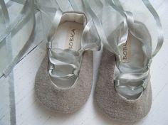 Bobka Baby shoes on Etsy. $32.00.