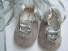 Bobka Baby shoes on Etsy.