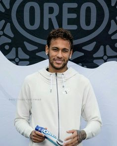 Real Madrid ready to make bid for Neymar - HF Neymar Jr, Boyfriend Pictures, My Boyfriend, Cristiano Ronaldo Portugal, Messi Argentina, Lionel Messi, Fc Barcelona, Football Players, Real Madrid