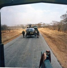 Shuttling another stick forward from the landtail Military Special Forces, Military Police, Army, Brothers In Arms, My Land, Vietnam War, Military History, Zimbabwe, Helicopters
