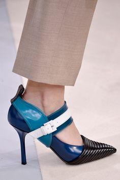 Louis Vuitton's Futuristic Pumps