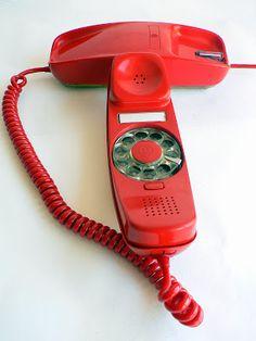 VINTAGE & KITSCH SIGLO XX: TELEFONOS RETRO