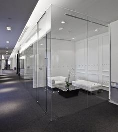 Net-a-Porter showroom in London by Studiofibre _ Glass walled meeting rooms _