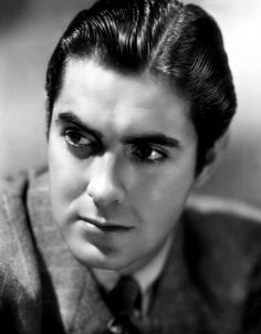 Tyrone Power - with him as Jonathan Harker, one cannot help but feel some genuine sexual tension would have simmered on screen.