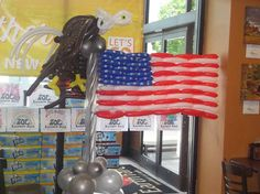 4th of July Display made by Patricia Balloona   https://www.facebook.com/patriciaballoona27