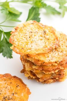 Baked Cheddar Parmesan Crisps Recipe - Want to know how to make parmesan crisps and cheddar cheese chips? This keto cheese chips recipe will show you both! Quick & easy, with just 5 minutes prep. Low carb and gluten-free.