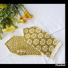 Ravelry: Spring Mittens pattern by Amanda Sund Daisy Pattern, Mittens Pattern, Different Patterns, Needles Sizes, Ravelry, Amanda, Stitch, Knitting, Knits