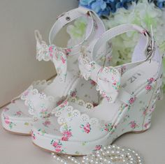 pretty shoes, floral heels