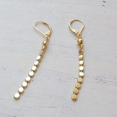 gold earrings,long gold earrings,gold earrings dangle,gold filled earrings,gold chain earrings,dangle earrings Such a beautiful long dangle earrings. This earrings is perfect for yourself, giving as a