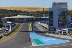 No days off. // @marcmarquez93 back at work Monday testing in Jerez! #JerezTest #MotoGP #DayJob #Mondays Repost by @motogp