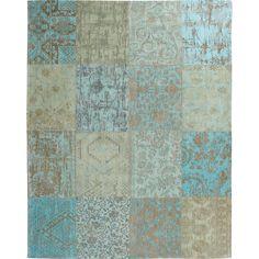 Vloerkleed Vincentia met sfeervolle prints en patchwork optiek. Afmeting: 170x240 cm (bxl). Kleur: turquoise.