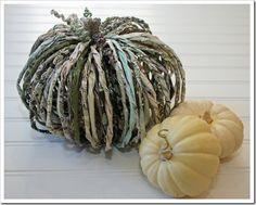 {Tutorial} Paper Pumpkins Via whipperberry