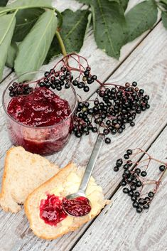Edible Wild Plants, In Natura, Preserving Food, Preserves, Love Food, Acai Bowl, Mousse, Frosting, Salsa
