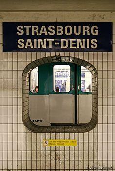 Station de métro Strasbourg St Denis