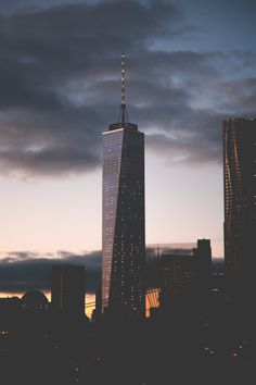Cloudy NY | Source © | AOI
