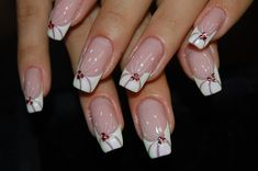 This is an excellent universal manicure for the warm season. A simple design changes the classic french almost beyond recognition. ...