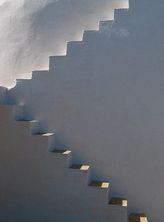 """ Marche à l'ombre. "" ( Michel Blanc ) / Steps between light and shadow. Art And Architecture, Architecture Details, Escalier Design, Stair Steps, Minimalist Photography, Stairway To Heaven, Architectural Features, Light And Shadow, Stairways"