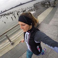 "✨Hallie💫 (@hknicoll) • Instagram photos and videos: ""Grey and cold #run, but I love my @smashfestqueen wind vest! 💗👊🏼👑  #teamsfq #triathlete #stravarun #asics""#LockLaces #WinNeverTie #WhatsYourFit"