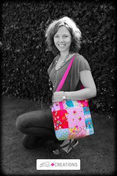 Zwart wit met accent in kleur geeft effect wat in deze foto de PIP tas van ES Creations goed tot zijn recht laat komen. Een leuke manier om producten te presenteren !
