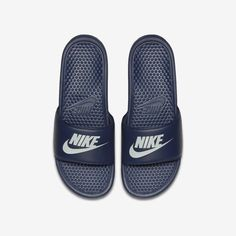 Nike Benassi Slide Size 9 (Midnight Navy) Source by shoes Nike Slides, Men Slides, Claquette Nike Benassi, Nike Benassi Slides, Cute Shoes, Men's Shoes, Shoes Sport, Nike Corporate, Corporate Fashion