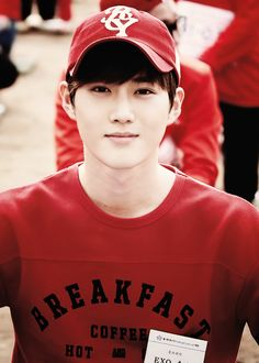 Wooow suho. Dont mess up my bias list plz :-o