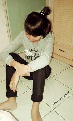 Alone#Waiting#Sad