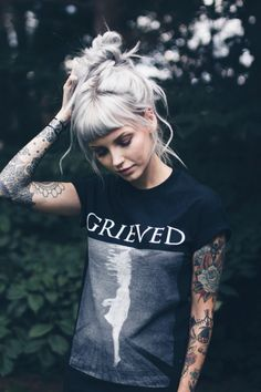 Get Sassy with Short Hair Styles Hairstyles With Bangs, Pretty Hairstyles, Pelo Color Gris, Hair Inspo, Hair Inspiration, Grunge Hair, New Hair, Blonde Hair, Short Hair Styles