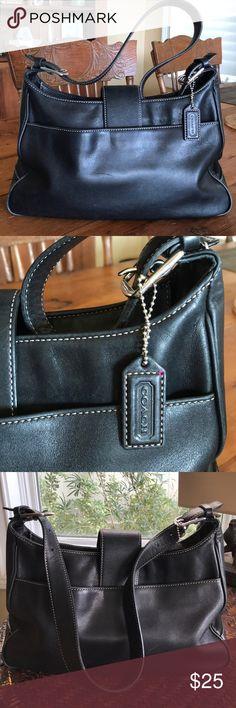 COACH Black Leather Shoulder Bag COACH Shoulder Bag ~ Black Leather ~ Great Condition. Large Outside Pocket, Large Inside zippered pocket. Awesome Vintage Bag ~ Great buy! Coach Bags Shoulder Bags