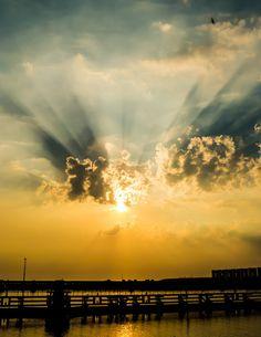 De harp en de dijk Clouds, Celestial, Sunset, Outdoor, Photos, Sunsets, Outdoors, Outdoor Living, Garden