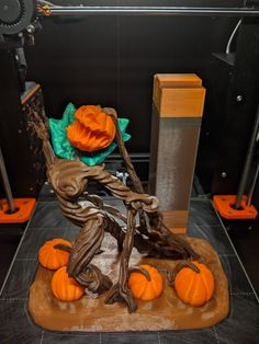 Pumpkin queen! Model by Wekster, printed by Coltron #prusai3 #mmu2 #toysandgames