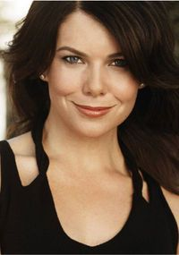 Net Image: Lauren Graham, Gilmore Girls Season 6 Promos: Photo ID: . Picture of Gilmore Girls - Latest Gilmore Girls Photo. Gilmore Girls Quiz, Gilmore Girls Seasons, Gilmore Girls Quotes, Lorelai Gilmore, Lauren Graham, Girl Pictures, Girl Photos, Girls Season 6, Love Lauren