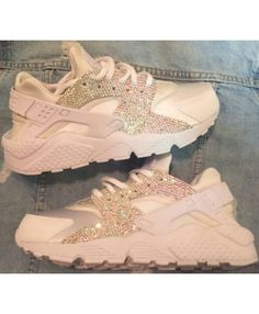 Triple white nike huarache with crystals Custom huaraches Nike Huarache, Sneakers Fashion, Shoes Sneakers, Grey Sneakers, Sneakers Women, Fashion Shoes, Adidas Sneakers, Heraches Shoes, Chanel Sneakers